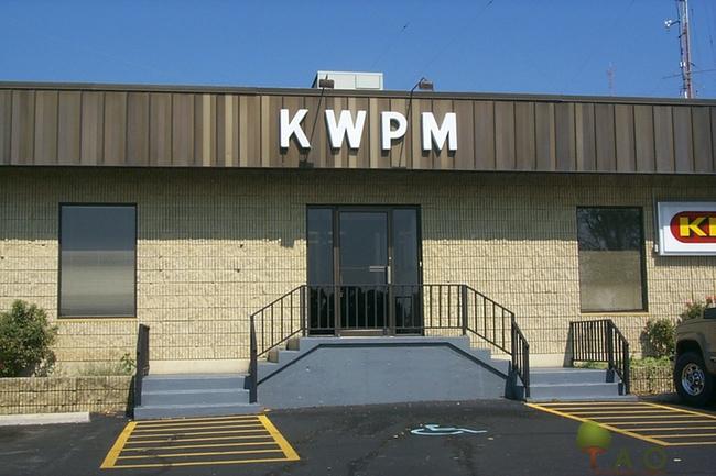 Porter Wagoner radio station West Plains