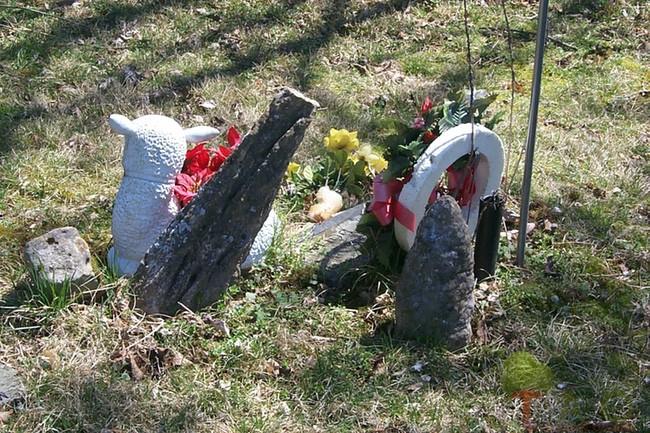 cemetery stalactite tombstone MO