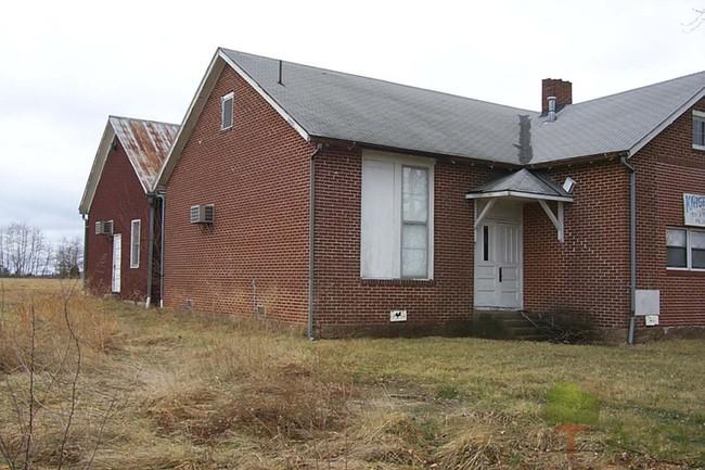 Rosati, Missouri: Old School and Knobview Boys Club