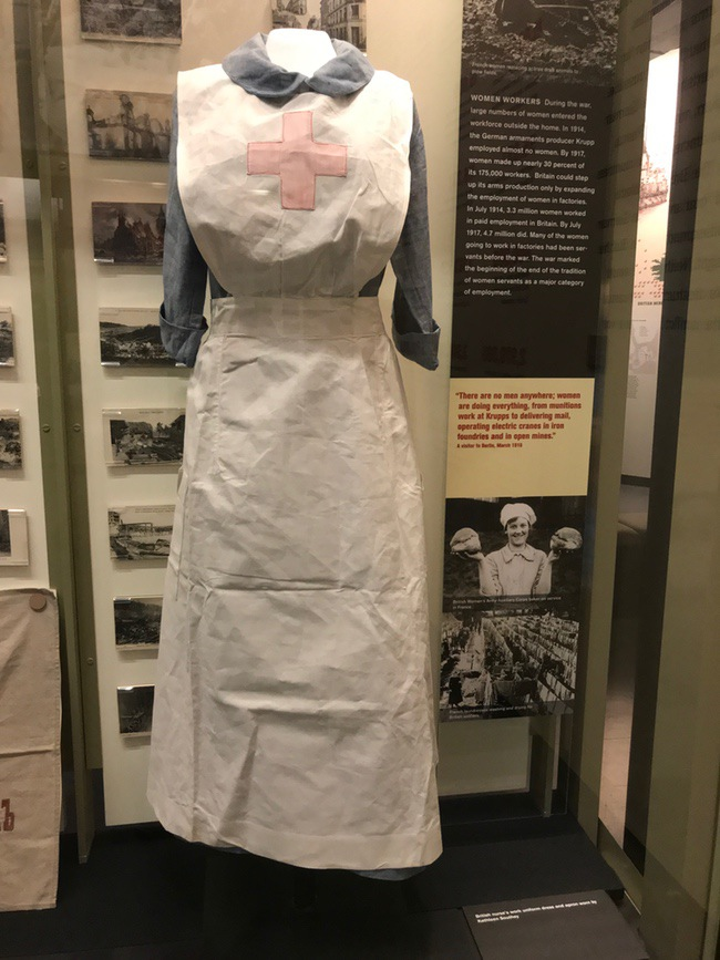 nurse uniform ww1