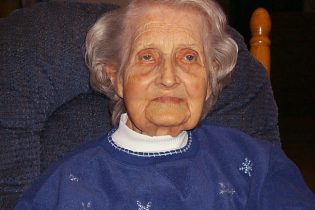 Grace Grahl, 101 years