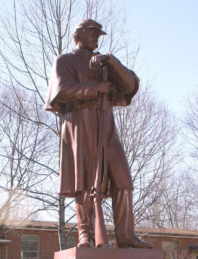 Gen Grant statue