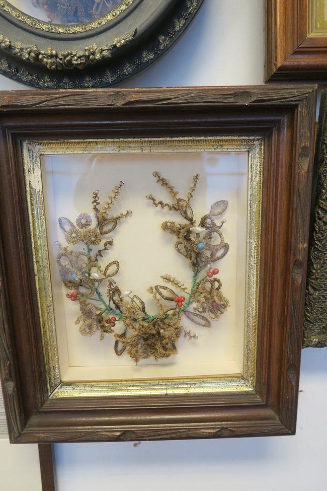 hair wreath with beads