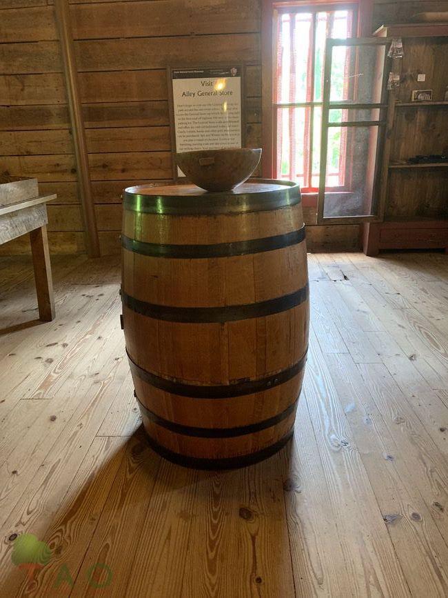 barrel in alley mill