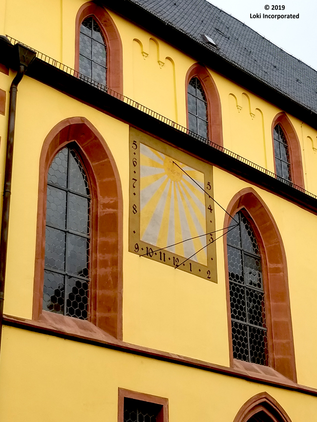 Evangelishe Stiftskirche sundial