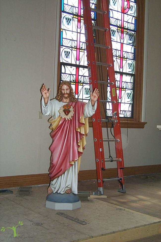 Jesus statue Freeburg