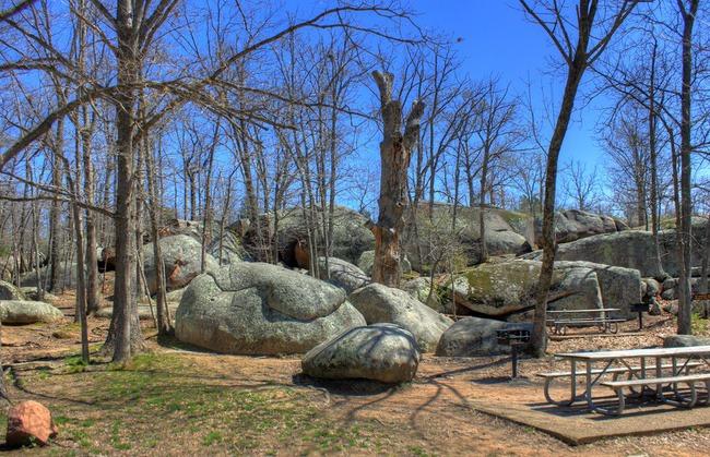 picnic area Elephant Rocks