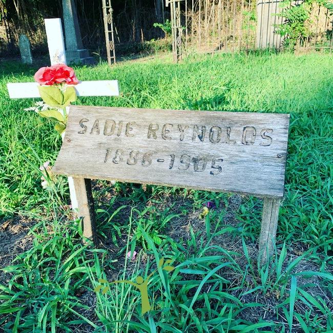 Sadie grave Civil War Cemetery Newtonia