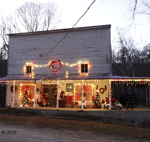 Topaz General Store Christmas