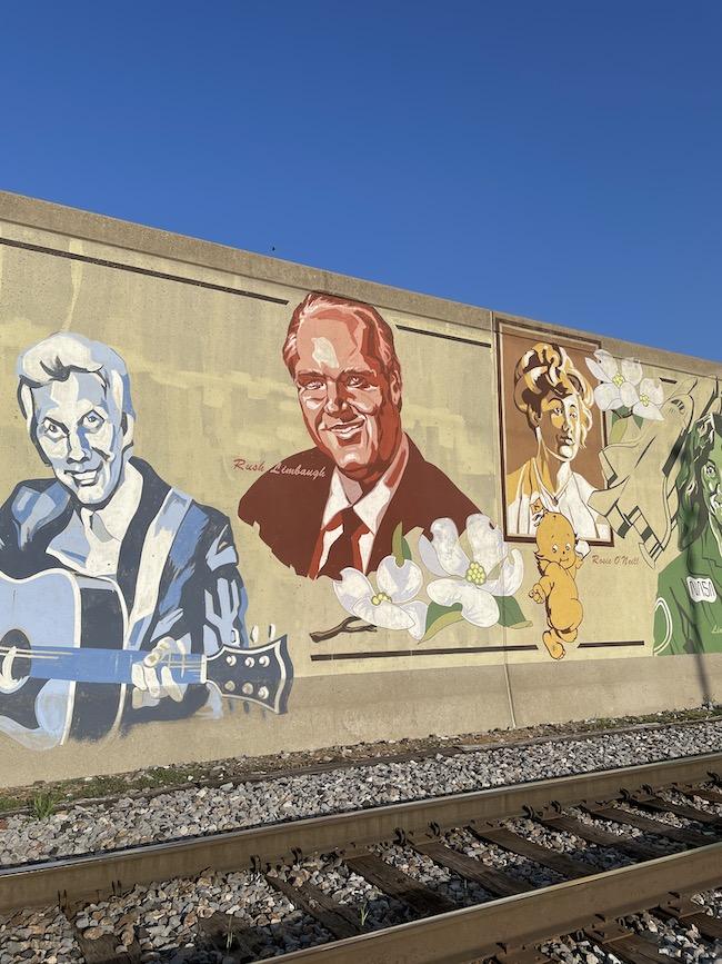 Rush Limbaugh and Porter Wagoner on Missouri Wall of Fame